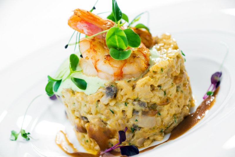 yacht charter cuisine
