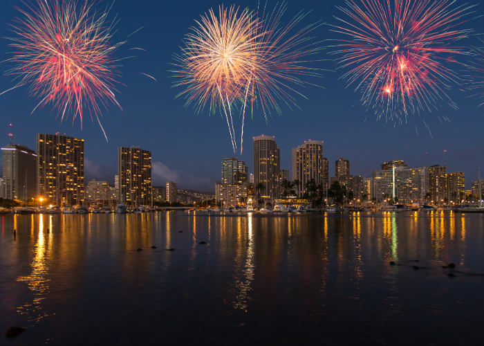 Hawaii yacht charter fireworks