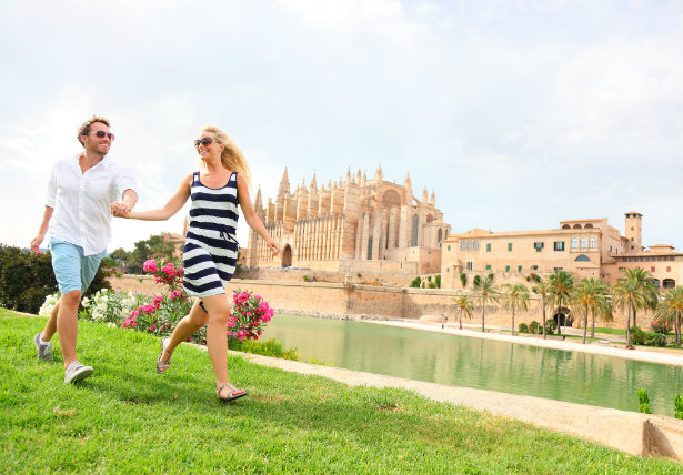 Mallorca yacht charter attractions
