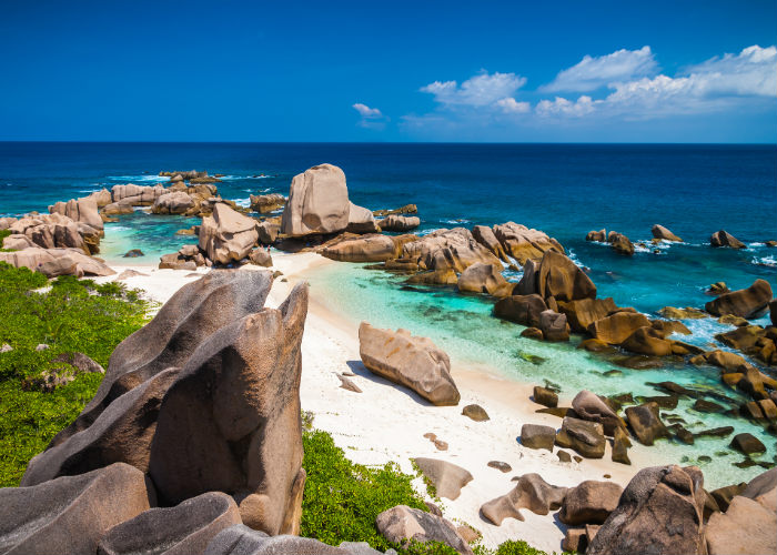 La Digue yacht charter - Anse Marron