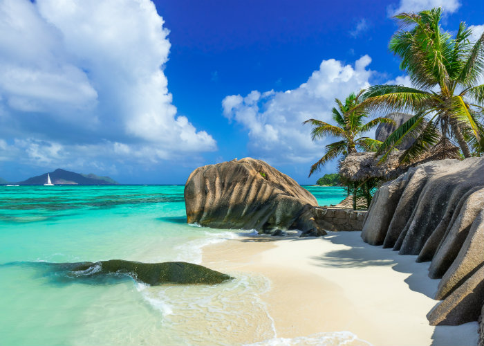 La Digue yacht charter - Anse Source d'Argent