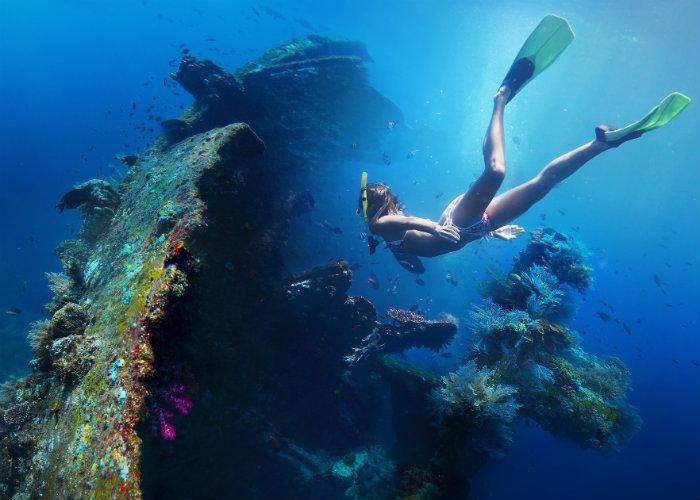 yacht charter wreck dives - Bali